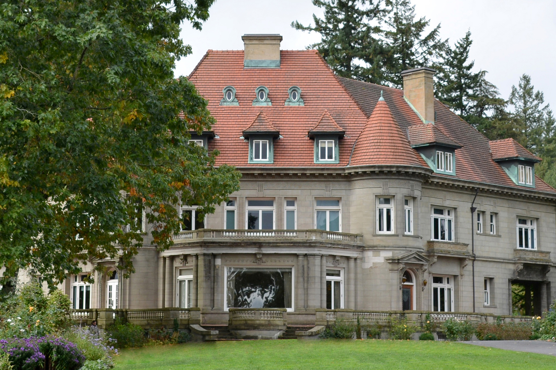 Pittock Mansion in summer