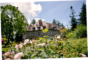 Pittock Mansion in spring